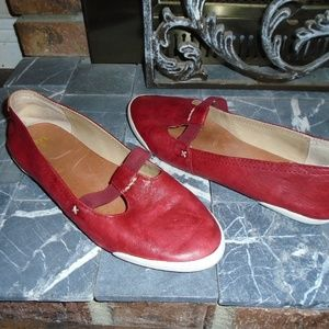 FRYE MEALANIE T-STRAP LEATHER SHOES  ~ 8.5 M ~